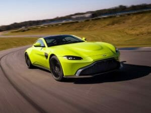 aston-martin-vantage-lime-essence02