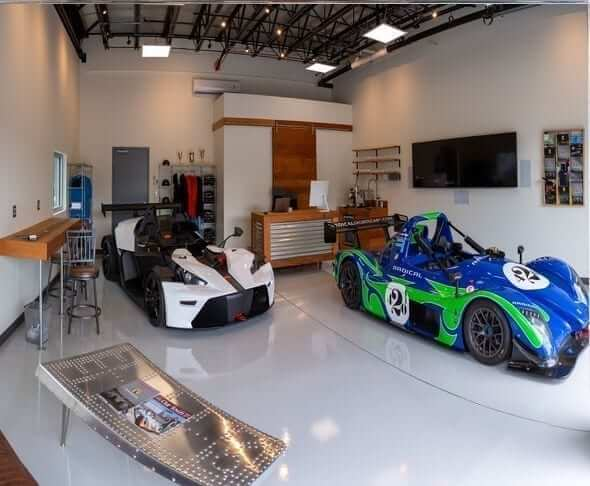 VU4A0180 Pano - Primal Racing School Unveils New Luxury Garage at AMP