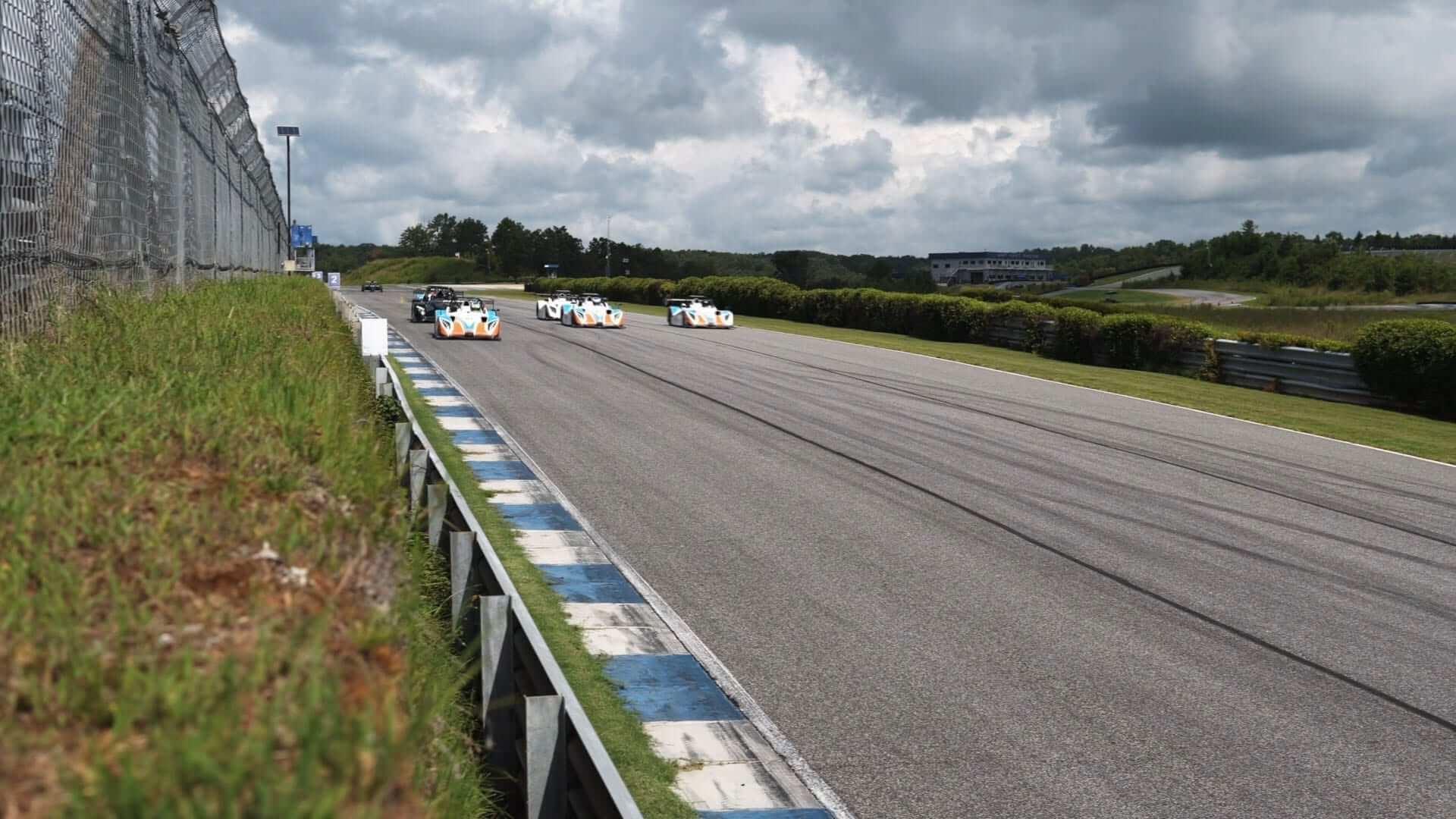 primal raceday screen2 - August Race Report [Video]